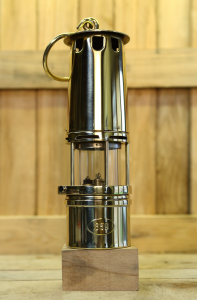 Miner safety lamp model BC