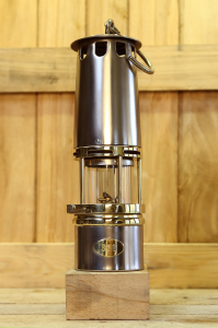 Miner safety lamp model BF