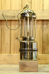 Miner safety lamp model CA